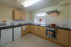 2 bed kitchen standard