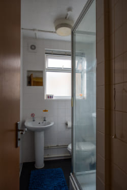 bed shower room standard and classic